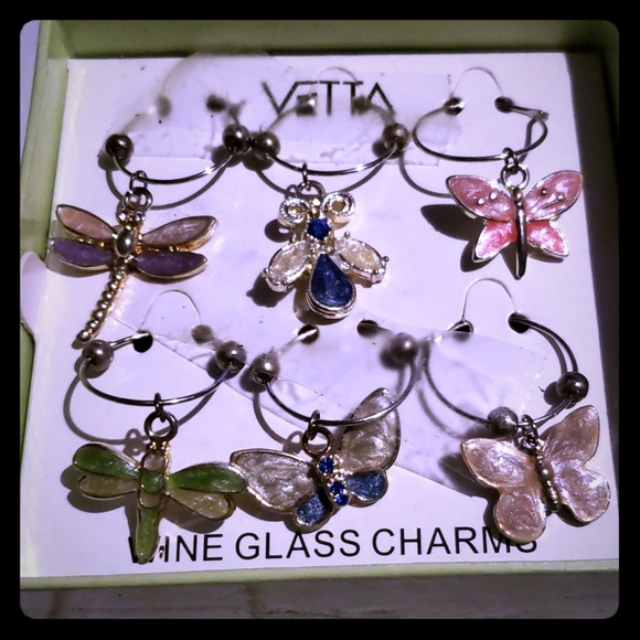 vita bella Accessories - Vita Bella Wine Charms Set of 6